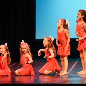 Sweet-girls-e-candys-danzando-il-natale-2014-11