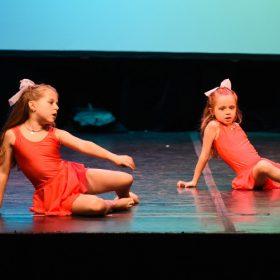 Sweet-girls-e-candys-danzando-il-natale-2014-14