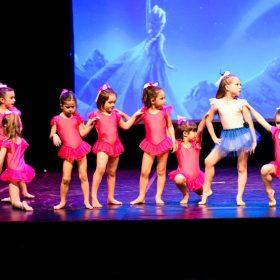 Sweet-girls-e-candys-danzando-il-natale-2014-5
