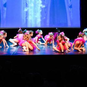 Sweet-girls-e-candys-danzando-il-natale-2014-8